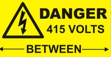 DANGER 415V BETWEEN PHASES 75X25 VINYL