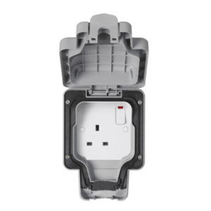 IP66 SOCKET 1GANG SWITCHED GREY