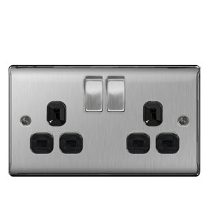 SOCKET 2GANG SWITCHED BRUSHED STEEL
