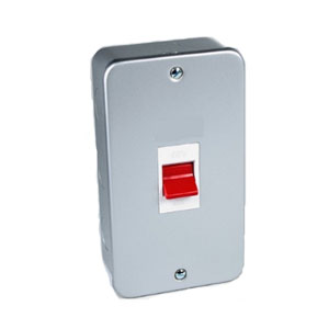 METAL CLAD 45A 2G SIZE DP SWITCH
